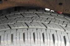 2001_knowlton-wi-tyre